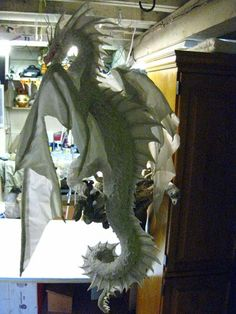 PAPER MACHE BLOG: Paper Mache Dragon Pair- Wings, this guy is amazing