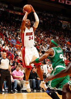 Ray Allen Makes Heat Debut In Air Jordan XVI PE