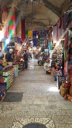 Arabic market in jeruzalem the old city