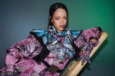 Rihanna teams up with Vogue Hong Kong for a striking cover shoot by fashion photographer Hanna Moon. In charge of the styling was Fashion Stylist Anya Ziourova who with the magazine dressed Rihanna in total Moda Rihanna, Rihanna Vogue, Rihanna Fenty Beauty, Rihanna Riri, Rihanna Baby, Rihanna Song, Beyonce, Rihanna Looks, Rihanna Style