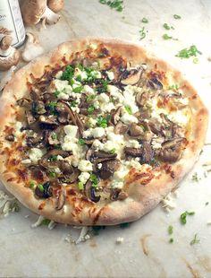 Mushroom, Goat Cheese & Truffle Pizza Recipe - Creamy goat cheese, earthy mushrooms, crispy crust and musky, sexy, truffle all on a pizza… Amazing. - theoptimalistkitchen.com Truffle Pizza, Truffle Cheese, Truffle Oil, Black Truffle, Pizza Recipes, Vegetarian Recipes, Dinner Recipes, Cooking Recipes, Healthy Recipes
