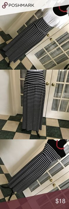 Maxi striped skirt L Skirt in EUC, super stretchy, size women's L. Can be worn as a maxi skirt or a tube strapless dress. 👛Bundle for discount. a.n.a Skirts Maxi