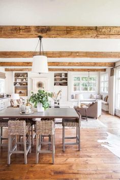 Beautiful Rooms With a farmhouse decor catalog that will add personality to your room for a stunning modern farmhouse home. #farmhouseinterior #modernfarmhousedesign #farmhouseinteriorideas