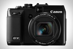 CANON POWERSHOT G1 X has a huge sensor making it perfect for low-light shots and less grain.