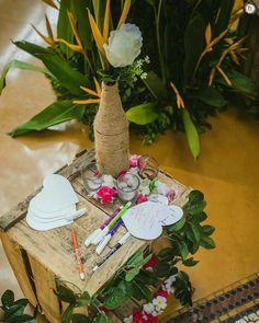 Favorites: 24 Eclectic & Modish Decors we Approve of! Free Wedding, Plan Your Wedding, Diy Wedding, Indian Wedding Games, Monsoon Wedding, Wedding Activities, Wedding Planning Websites, Kids Seating, Couple Games