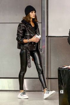 Olivia Culpo at the airport in Miami - Olivia Culpo at the airport in Miami Sou. - Olivia Culpo at the airport in Miami – Olivia Culpo at the airport in Miami Source by SunberrySu - Outfits Leggins, Leather Jacket Outfits, Leather Jackets, Black Leather Jacket Outfit, Biker Jacket Outfit, Winter Fashion Outfits, Fall Winter Outfits, Autumn Winter Fashion, Mode Outfits
