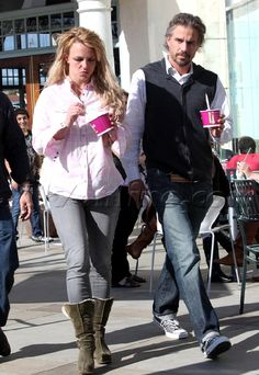 Britney Spears at Menchie's