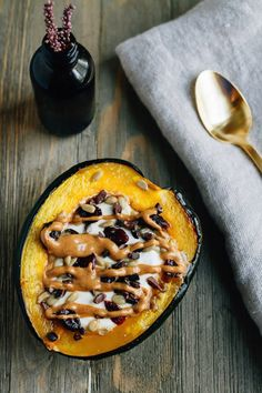 Roasted acorn squash breakfast bowls served warm with yogurt and your favorite toppings! A delicious, comforting breakfast for the fall and winter months. Yogurt Breakfast, Breakfast Dishes, Breakfast Recipes, Breakfast Club, Vegan Breakfast, Breakfast Ideas, Fixate Recipes, Veggie Recipes, Veggie Meals