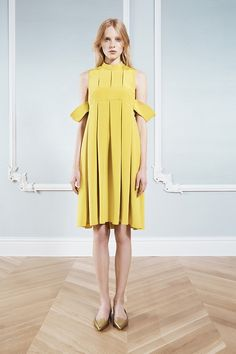 I dont get how the arms work, but the rest is a nice update for a simple shift silhouette   hautekills:  Honor resort 2014