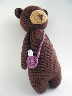 Buy Tall bear with bag amigurumi pattern - Amigurumipatterns.net
