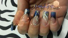 Darck blue & gold nails
