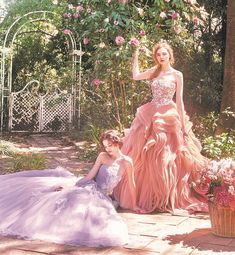 FOUR SIS & CO. Mermaid, Romantic, Formal Dresses, Fashion, Dresses For Formal, Moda, Romantic Things, Fashion Styles, Fasion