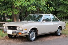Nice Example: 1972 Fiat 124 Coupe | Bring a Trailer