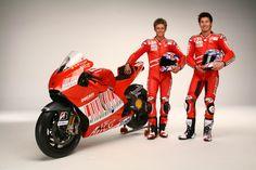 casey stoner 2009   Stoner - Hayden Ducati 2009