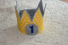 Stoffkrone Hellblau mit den Zahlen 1,2,3 in gold Geburtstagskrone Kinder Der Wollprinz Krone Kinder Geburtstag-Krone Kinderkrone Geburtstagskrone