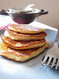 Joghurtos palacsinta Pancakes, Breakfast, Food, Morning Coffee, Essen, Pancake, Meals, Yemek, Eten