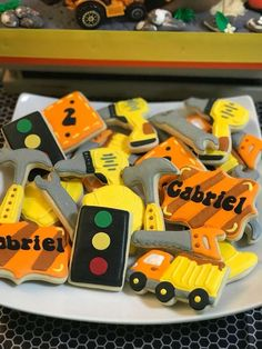 How beautiful are the cookies at this construction birthday party ? See more party ID . 18th Birthday Party Themes, Cars Birthday Parties, 1st Boy Birthday, Birthday Party Decorations, Birthday Party Invitations, Birthday Ideas, Construction Cookies, Construction Birthday Parties, Construction Party Invitations