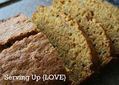 Katherine's Kitchen: Serving Up {Bread}: Pumpkin Zucchini Bread