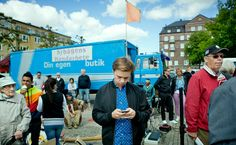 The #Sweden Twitter account @Sweden rotates every 7 days to a new citizen: http://www.nytimes.com/2012/06/11/world/europe/many-voices-of-sweden-via-twitter.html via @nytimes