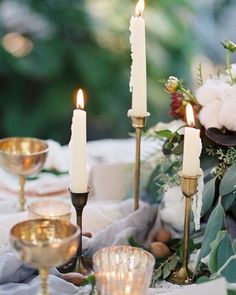 Patiently waiting for the beautiful @magnoliarouge mag to arrive featuring this candlelit tablescape full of #southerncharm!  @mylovelyevents @jillfawcett #romanceonfilm #magnoliarougemagazine #lunademarephoto by lunademarephoto