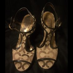 COACH Heels, 6.5 Used Coach heels in need of a little repair on the heels. Size 6.5 Coach Shoes Heels