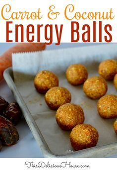 TASTES JUST LIKE CARROT CAKE! These healthy and delicious carrot coconut energy balls are no bake and so easy! #carrotenergyballs #energyballs Cuisinart Food Processor, Food Processor Recipes, Peanut Butter Alternatives, Coconut Energy Balls, Hamilton Beach Food Processor, Baked Carrots, Gateaux Cake, Mini Chocolate Chips, Easy Food To Make