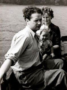 Dylan Thomas and family