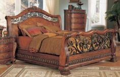 Beautiful wrought iron and wood bed Bedroom Furniture, Home Furniture, Bedroom Decor, Wood Bedroom Sets, Wrought Iron Beds, New Beds, Bed Plans, King Beds, Bed Design