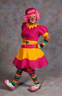 -- I need those finger gloves! Cute Clown Costume, Clown Dress, Clown Costumes, Halloween Costumes, Auguste Clown, Vintage Circus Costume, Clown Images, Female Clown, Send In The Clowns