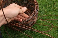 How to Make Wicker baskets - great tutorial