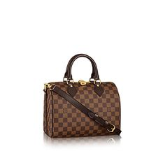 Discover Louis Vuitton Speedy Bandoulière 25: The Speedy Bandoulière 25 in iconic Damier Ebène canvas encapsulates timeless Louis Vuitton glamour. It looks effortlessly elegant, whether carried by hand, on the shoulder, or worn across the body.