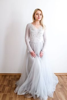 Icy grey Orchidee gown