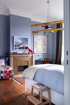 Maps & Planes - Boys' Shared Bedroom - Kids Bedroom Ideas & Designs (houseandgarden.co.uk)