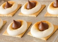 S'mores bites? Sounds great! A fun treat for the Summer time and yummy to eat, have fun and enjoy!