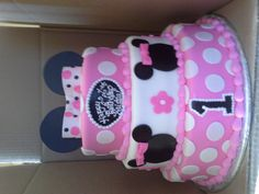 Mini mouse 3 tier cake