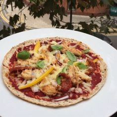 Try my #Leanin15 post workout chicken & sun dried tomato pizzas