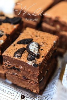 For delicious pastry and handmade baking, visit Waldo Patisserie in Amsterdam. They have two locations in the city. Chocolate Stores, Chocolate Art, Dutch Recipes, Fish Recipes, Dutch Pancakes, Party Food Platters, Chocolate Covered Strawberries, Delicious Chocolate, Street Food