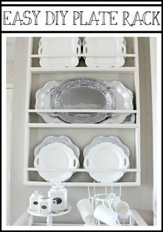 Incorporate into EA hutch? Build Your Own DIY Plate Rack - Easy Plans - Hymns and Verses Wooden Plate Rack, Plate Rack Wall, Diy Plate Rack, Plate Shelves, Wooden Plates, Wall Racks, Hanging Plates, Plates On Wall, Plate Racks In Kitchen