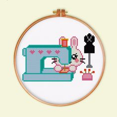 Modern Cross Stitch Patterns, Counted Cross Stitch Patterns, Cross Stitch Designs, Everything Cross Stitch, Creative Arts And Crafts, Simple Cross Stitch, Embroidery Art, Cute Pink, Cross Stitching