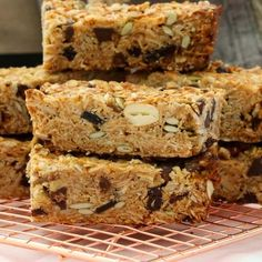 These really are the very best homemade muesli bars. soft & chewy with just the right amount of crunch! Cereal Recipes, Baking Recipes, Cake Recipes, Aldi Recipes, Snacks Recipes, Veggie Recipes, Dessert Recipes, Healthy Bars, Healthy Snacks