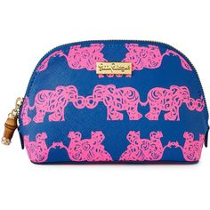Lilly Pulitzer Pack Your Trunk Cosmetic Case ($58) ❤ liked on Polyvore featuring beauty products, beauty accessories, bags & cases, lilly pulitzer, canvas cosmetic bag, toiletry bag, dopp bag ve camo makeup bag