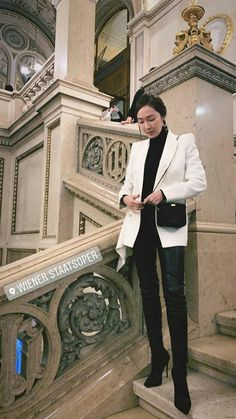 Jessica & Krystal, Jessica Lee, Krystal Jung, Magazine Cosmopolitan, Instyle Magazine, Ootd Winter, Autumn Winter Fashion, Korean Fashion Office, Jessica Jung Fashion