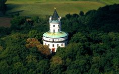 Zámek Humprecht | Český ráj Prague, Church Building, Kirchen, Czech Republic, Empire State Building, Beautiful Landscapes, Brewery, Temple, Cathedral