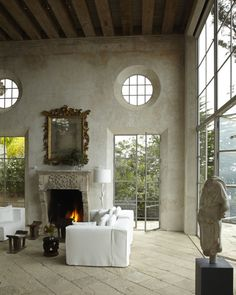 Looking for decorating ideas? Browse beautiful interiors on Architectural Digest for the perfect inspiration to help you design your dream home. Architectural Digest, Interior Exterior, Interior Architecture, Interior Design, Design Room, Design Interiors, Style At Home, Stucco Walls, Plaster Walls