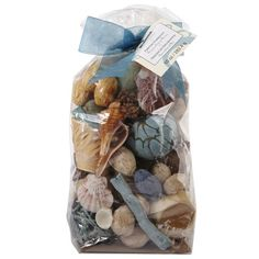 <div>Express your one-of-a-kind style when you decorate your home with the scent of seaside potp...