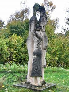 Le jardin des sculptures de la Dhuys.Chessy. Ile-de-France