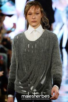 beautiful knitting — maison-malesherbes: [ Fashion ] Youjia Jin from. Knitting Stitches, Knitting Designs, Hand Knitting, Knitwear Fashion, Knit Fashion, London College Of Fashion, Sweater Design, Refashion, Pulls