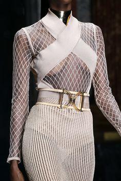 Balmain Spring 2016 Ready-to-Wear Collection Photos - Vogue#32#33