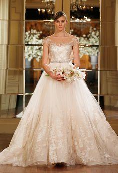 Romonoa Keveza 2015 Wedding Dress | The Knot Blog