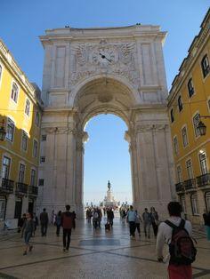 AS MAIS VISTAS (http://on.fb.me/1pvgp9q) ► 24/03/2014 • Arco da Rua Augusta - Lisboa • Jose Batista (http://on.fb.me/1msYR0D)